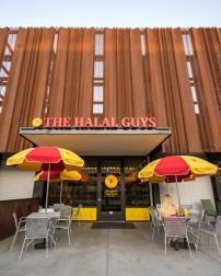 HalalGuys-Outdoor-3-low